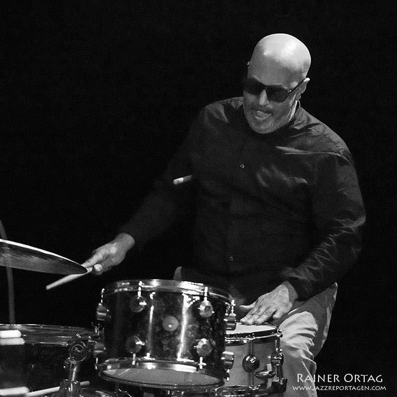 Leon Parker mit dem Fred Nardin Trio im Pappelgarten Reutlingen