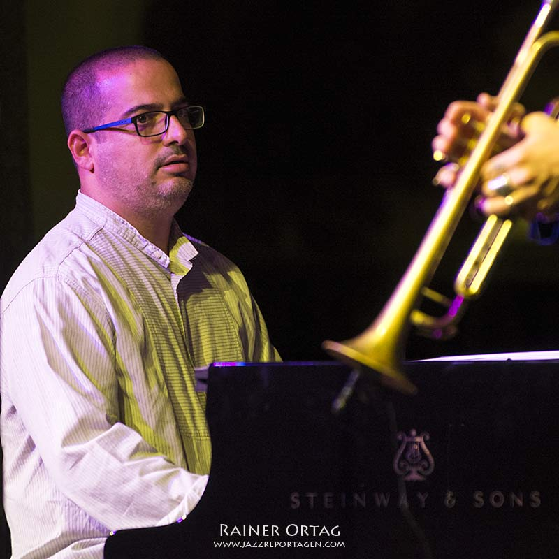 Yonathan Avishai - Jazzfestival Esslingen 2016