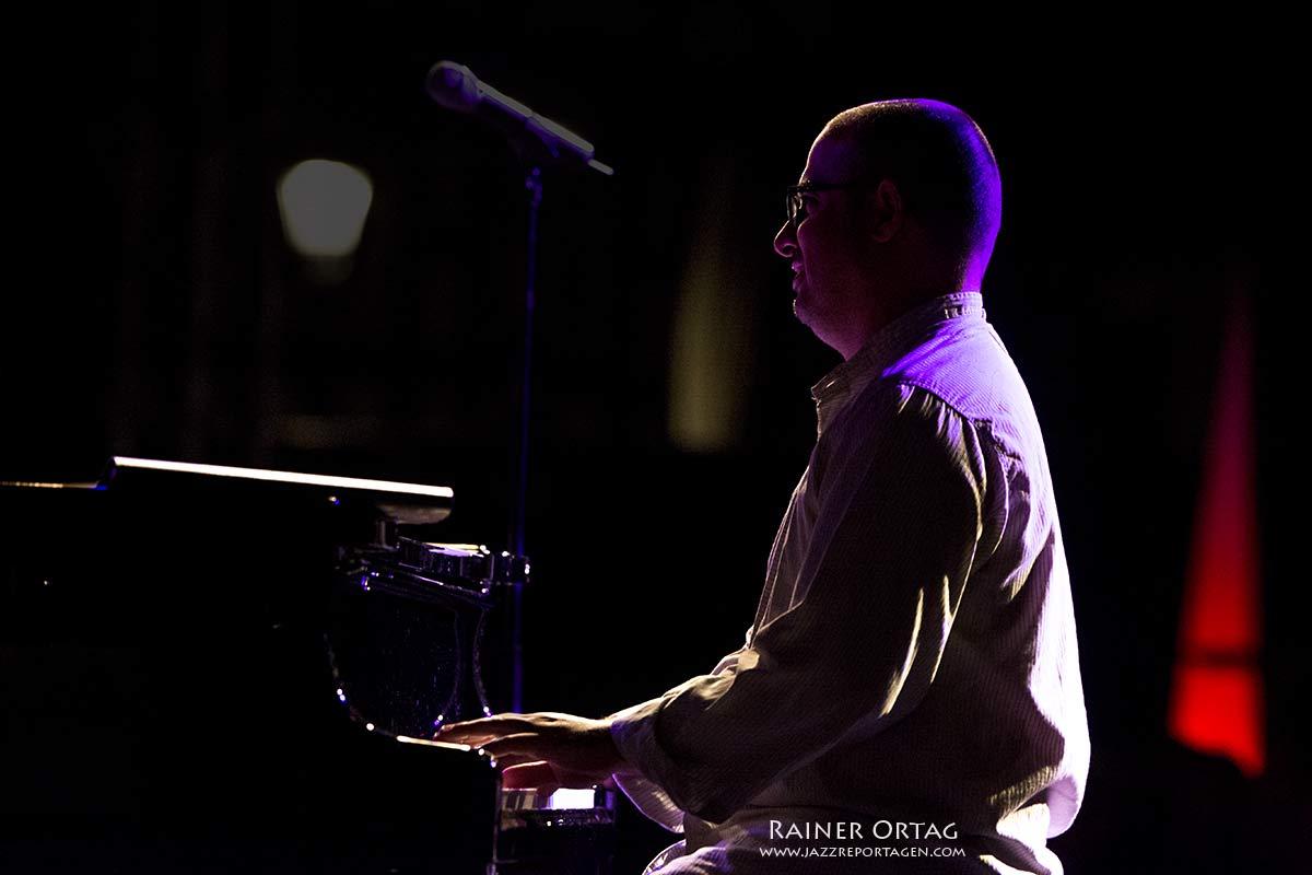 Yonathan Avishai beim Jazzfestival Esslingen 2016 und im Jazzkeller Esslingen 2017